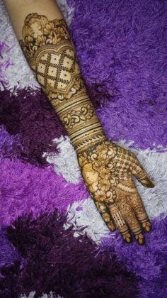 Karya Tantri Henna