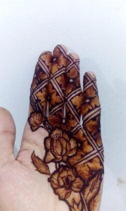 Karya Magenta Henna